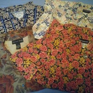 4 Women's Blouses Button Up sz Sm/Med